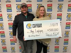 Illinois Woman Wins $500,000 With Scratch-off Game!